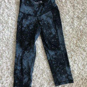 Old Navy cropped galaxy leggings